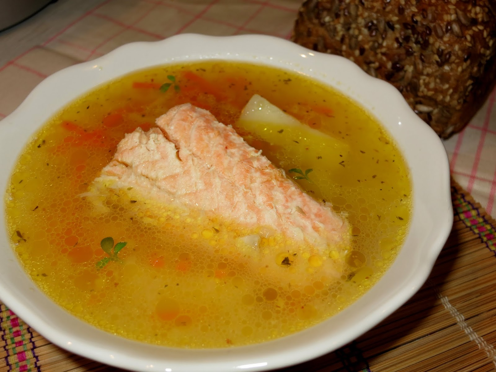 Суп из консервированной горбуши со сливками
